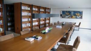 萬冊藏書圖書館